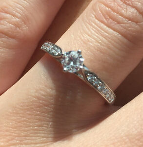 Engagement Ring with Canadian Diamonds Kitchener / Waterloo Kitchener Area image 2