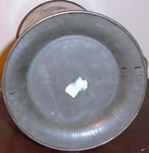 Antique Embossed Lithographed Grecian Style Tin With Handles Peterborough Peterborough Area image 4