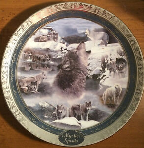 Wolf Collector Plates set of four