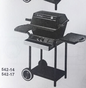 BROIL KING GAS BBQ  (never been used nor assembled)