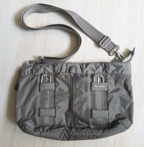 Hedgren Tote Bag in Grey (with removable shoulder strap) S$60  --> GSS Price!