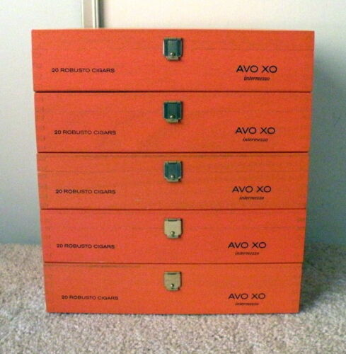"""Huge Amount Of Storage For $10<>5 """"AVO Intermezzo"""" Wooden Cigar Boxes<>Same Size"""