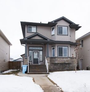 Open House 12 Mar 12-2pm 263 Loutit Rd Suite and Attached Garage