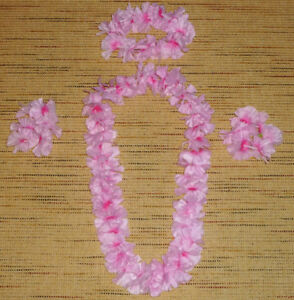 PARTY CITY - 6 Piece Hawaiian Lei Costume Set