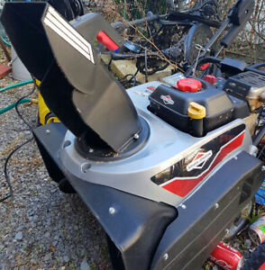 Briggs and Stratton 8HP snowblower $225