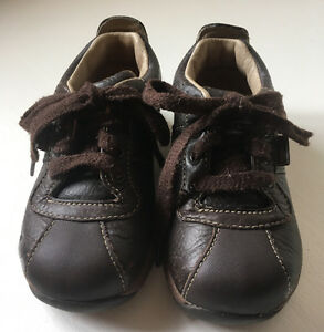 Size 6.5 W Stride Rite Boys Leather Shoes