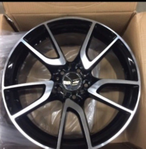 """Kit mercedes wheels and tires 18"""" new in box"""