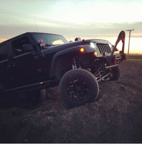 PRICED REDUCED- 2016 Jeep Wrangler Willy's
