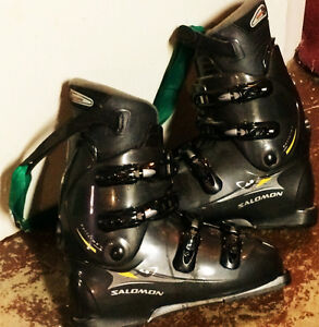Three pairs of used ski boots for sale, varying price