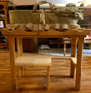 Baby bassinet and wooden stand
