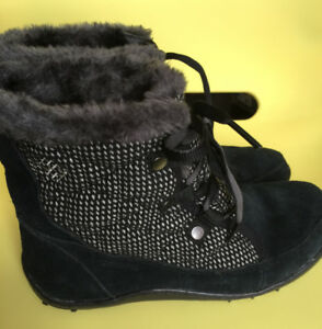 New Columbia Waterproof Women's  Boots /Shoes Omni Grip Size 7.5