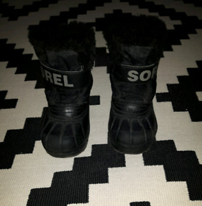 Toddler size 8 Sorel winter boots