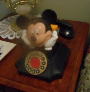 Mickey Mouse Telephone.