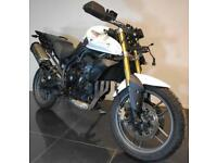 2011 61 TRIUMPH 800 TIGER WHITE PROJECT TRADE SALE ENDURO/TOURER CAT C 25K