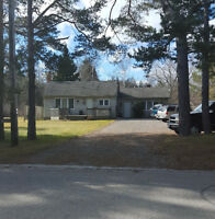 COURTICE 2 BEDROOM BUNGALOW FOR SALE  ON LARGE LOT