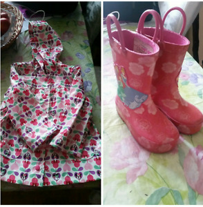 Girls rain coat  and boots  2- 4years old