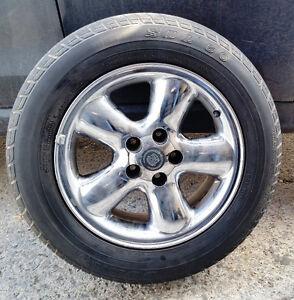 4 mags chromer pneus/ tires 215-60-16  Bolt pattern: 5 x110 mm,
