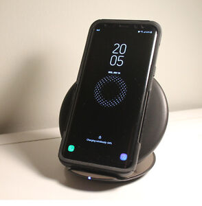 Samsung Wireless Convertible Charging Stand EP-PG950 - Black