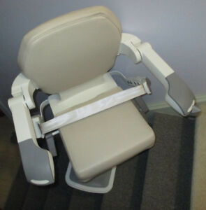Very Lightly Used HANDICARE Straight Stairlift w/ 2 Remotes