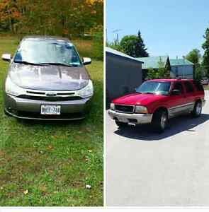 2009 ford focus & 1999 gmc jimmy 4x4  Kingston Kingston Area image 1