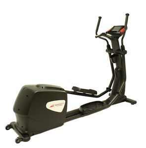 $4500 Smooth Fitness SME-CE-80LC Smooth Elliptical (Black) Peterborough Peterborough Area image 8