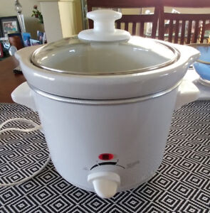 Rice Cooker, Large capacity, pre-owned $10