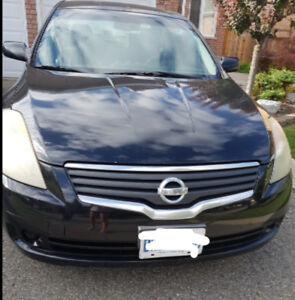 2007 Nissan Altima SE - with winter tires included