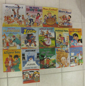 ROBERT MUNSCH BOOKS - 15 BOOKS EXCELLENT CONDITION