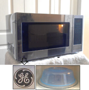 Perfect Stainless Steel GE Microwave, with Food Cover