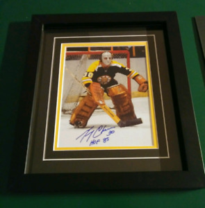 Boston Bruins Gerry Cheevers autographed photo