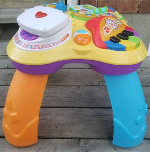 Fisher Price Laugh & Learn Puppy & Friends Table