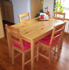 Move Sale-Kitchen Table-Leather Chair--Antique chairs