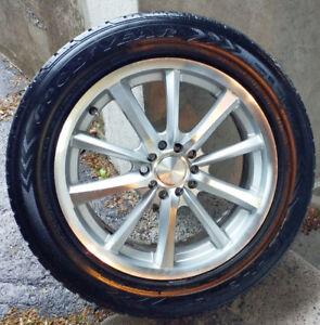 4 mags MB Motoring pneus d'été (225-55-17) Bolt Pattern: 5x114.3