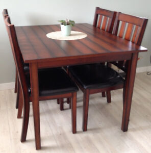 NEW Dining Table and Chairs
