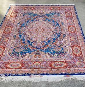 Authentic Silk Persian Rug/Carpet (hand woven)BRAND NEW