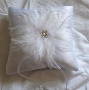 Feather Ring Bearer Pillow / Wedding