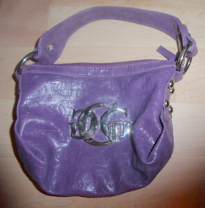 Various handbags $ 5 - $ 65 (DKNY, Armani, GUESS, no name) Kitchener / Waterloo Kitchener Area image 6