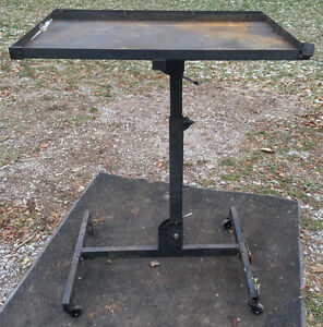 Portable Tool Table / Workbench
