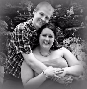 ENGAGEMENT PHOTOS ON A BUDGET www.vickyannewrightstudios.com Kitchener / Waterloo Kitchener Area image 8