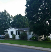 Large Open Concept Luxury Bungalow- Cornwall or Ottawa Commute