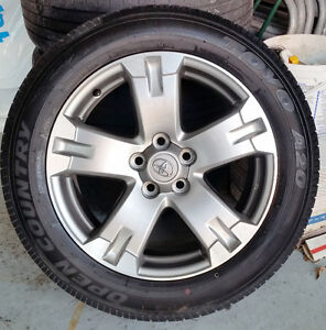 4 mags oem  toyota rav4 + pneus d'été / summer tires  235-55-18,