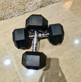 2 x 12.5kg Hex Dumbells New