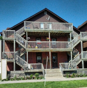 1 BEDROOM $860.00 All UTILITIES INCLUDED AVAILABLE Nov 1