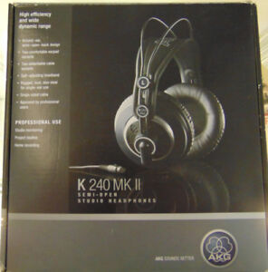 Écouteurs de studio AKG K240 MkII