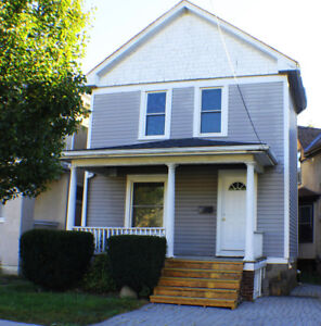 RENT: FULL 3 bedroom house - minutes to downtown St. Cats.