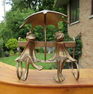 Vintage Brass FROG COUPLE Figure - Boy & Girl on a Bench