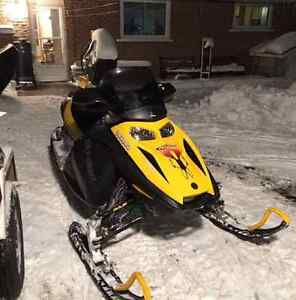 03 skidoo mxz 800 sport for sale. Great condition.