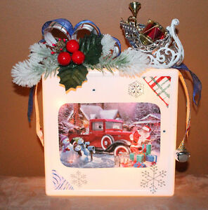 LIGHT UP BLOCK CLASSIC TRUCK & SANTA