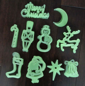 35 Plastic Luminous ornaments
