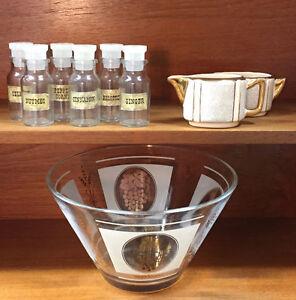 Selection of vintage serving ware (8)